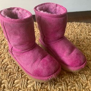 Kids Uggs Size 11